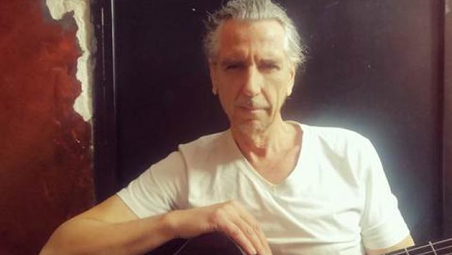 Luis Bolin, bajista de La Unión.