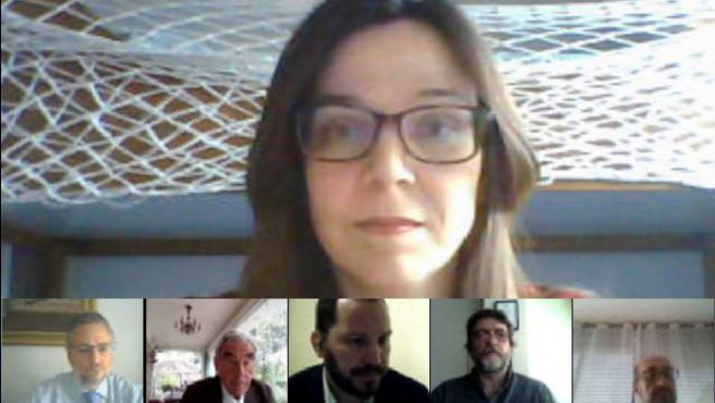 Carmen Iniesta durante la defensa de la tesis.