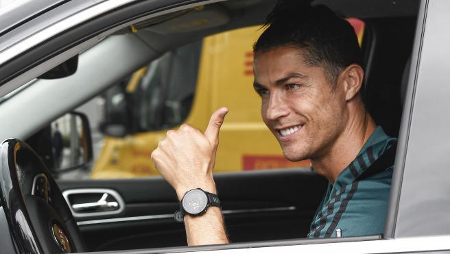 Cristiano Ronaldo, a la salida de un entrenamiento de la Juventus