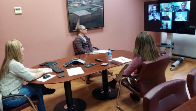 Reunión de la alcaldesa de Alcalá de Guadaíra, Ana Isabel Jiménez, con delegados municipales para suspender la tasa de licencia de veladores de 2020