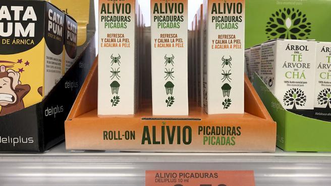 Alivio Picaduras en roll-on en el lineal de Mercadona.