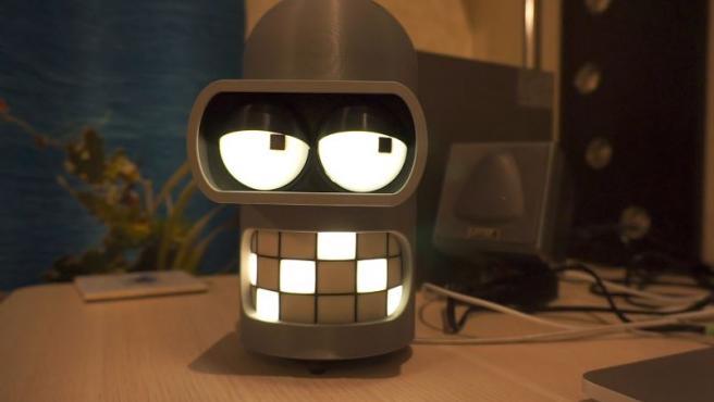 Su creador lo ha llamado 'Pinder', ya que funciona con una Raspberry Pi Zero W.