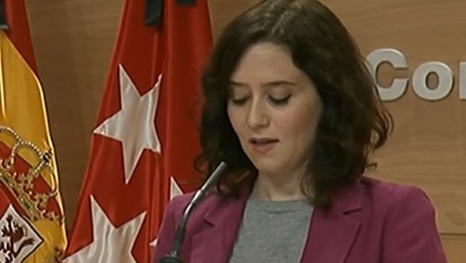 La presidenta de la Comunidad de Madrid, Isabel Díaz Ayuso, en rueda de prensa.