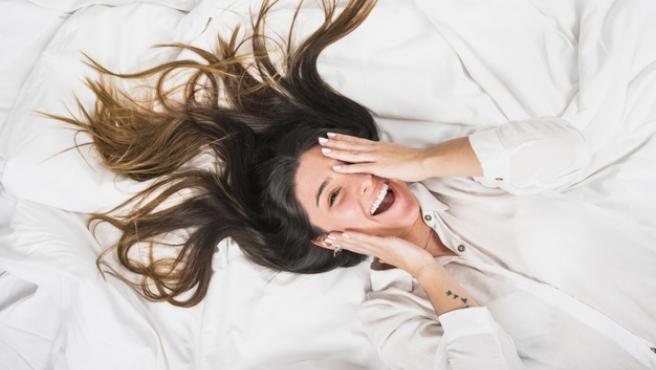 Las malas posturas a la hora de dormir también son causantes de dolores y contracturas.