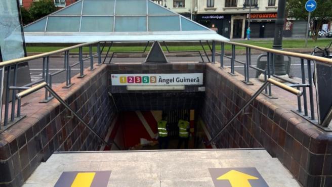 Boca de metro de Metrovalència con la señalética