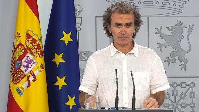 El director del Centro de Coordinación de Alertas y Emergencias Sanitarias, Fernando Simón, en la rueda de prensa de este lunes.