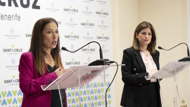 La alcaldesa de Santa Cruz de Tenerife, Patricia Hernández, y la concejal de Promoción Económica, Matilde Zambudio