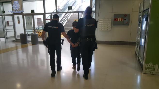 Momento de la detención del joven en la Estación Intermodal.