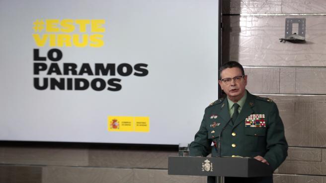 El teniente general, Laurentino Ceña, interviene en la rueda de prensa del comité de crisis en la Moncloa.