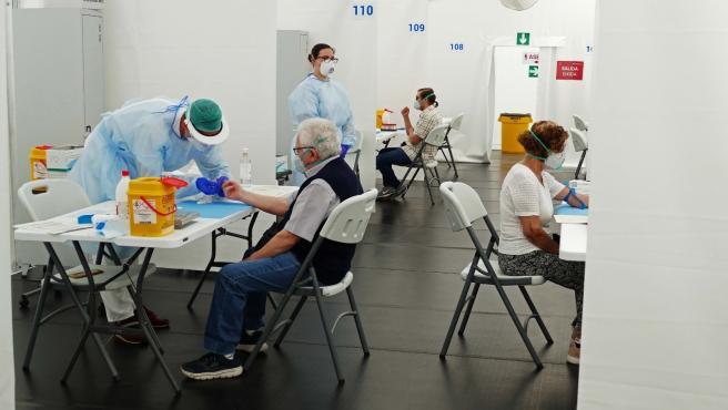 Test de seroprevalencia en l'hospital de campanya d'Alacant