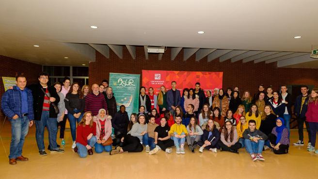 ASUR logra el Premio ABC Solidario 2020 'Voluntariado Universitario' por su labor de apoyo escolar a menores que moviliza a un centenar de estudiantes de la UR