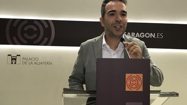 El portavoz del PAR en las Cortes de Aragón, Jesús Guerrero.