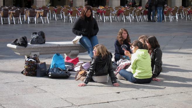 Estudiantes De Español En La Ciudad De Salamanca