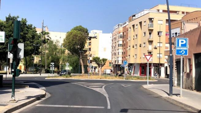 Nueva rotonda de la calle Instinción de Almería
