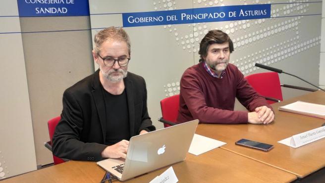 Director general de Salud Pública asturiano, Rafael Cofiño, a la izquierda, en una imagen de archivo