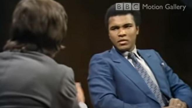 Muhammad Ali, durante una entrevista a la BBC.