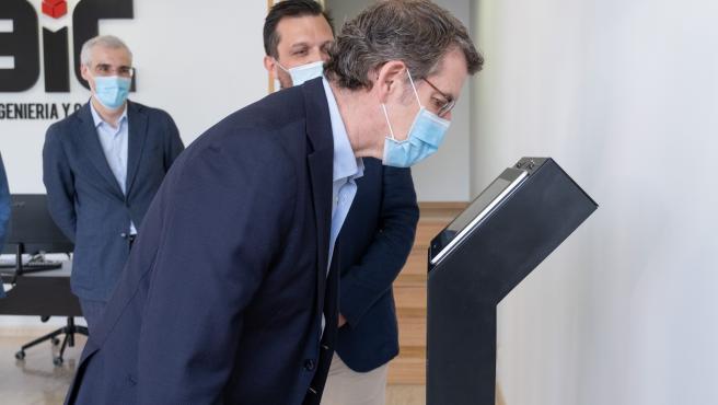 O titular do Goberno galego, Alberto Núñez Feijóo, acompañado polo conselleiro de Economía, Emprego e Industria, Francisco Conde, visitará a empresa 3iC Ingeniería y Control. No polígono industrial da localidade. Bergondo (A Coruña), 02/06/20.
