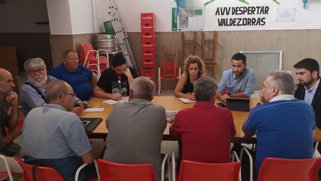 El diputado de Adelante Ismael Sánchez y el portavoz adjunto de Adelante Sevilla, Daniel González Rojas, reclaman que Junta y Ayuntamiento retomen la construcción de los carriles bici 'pactados'