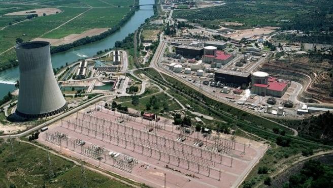 Vista Aérea De La Nuclear De Ascó (archivo)