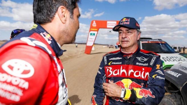 Carlos Sainz tras una etapa del Rally Dakar 2020