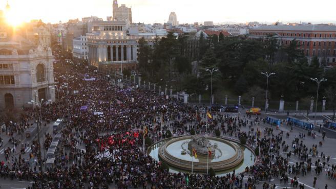 Un funcionario de Delegación del Gobierno en Madrid dice que se permitió el 8M p