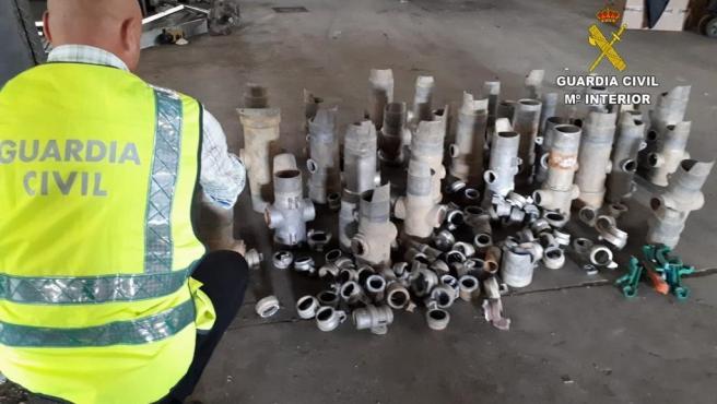 Efectos recuperados por la Guardia Civil de los robos en explotaciones agrícolas en la provincia de León.