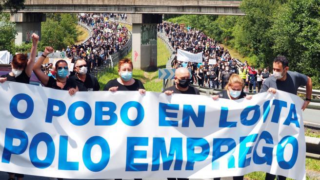 Galicia se moviliza para evitar el cierre de Alcoa.