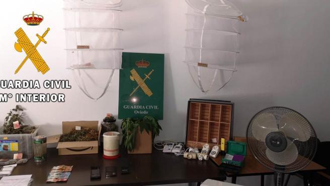 Objetos incautados por la Guardia Civil
