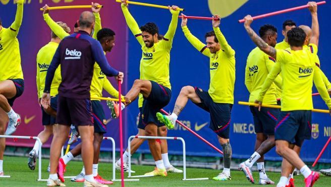 Entrenamiento del FC Barcelona, con Messi y Luis Suárez.