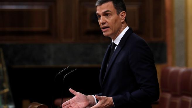 """Ha empezado diciendo que """"la ciudadanía se merece claridad"""" pero no ha sido nada claro. El presidente del Gobierno, Pedro Sánchez, no ha sido capaz este miércoles de responder a una pregunta muy simple, si se """"compromete a no realizar recortes""""."""