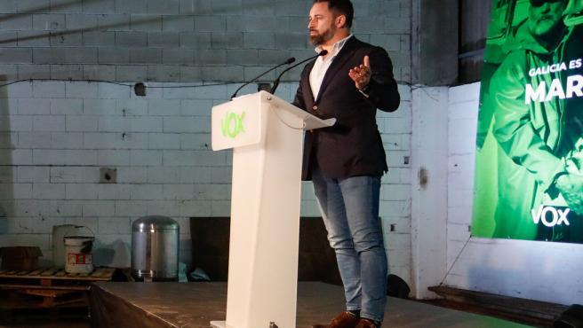 El presidente de Vox, Santiago Abascal, durante su intervención en la presentación de las candidaturas de VOX para las Elecciones al Parlamento de Galicia de 2020, en Mos, Pontevedra, Galicia (España), a 11 de junio de 2020.