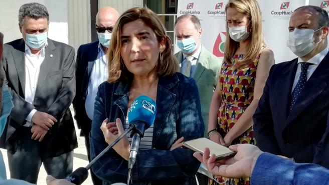 La consejera de Empleo, Formación y Trabajo Autónomo, Rocío Blanco, en Huelva.