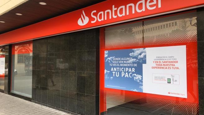 Economía.- Banco Santander, condenado a devolver más de 220.000 euros a una empresa que invirtió en 'Valores Santander'