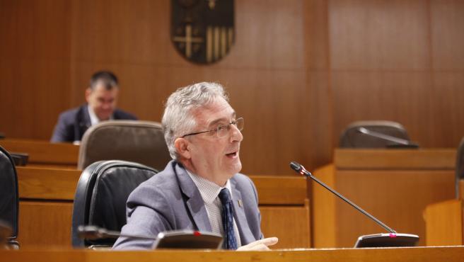 El consejero de Agricultura, Ganaderia y Medio Ambiente de Aragón, Joaquín Olona.