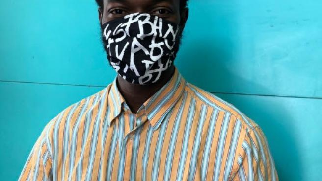 Diseño de las mascarillas de Frederic Amat y el coletivo Top Manta, una iniciativa con motivo de la XV edición del festival Poesia i+ 2020, que se celebrará del 2 al 12 de julio