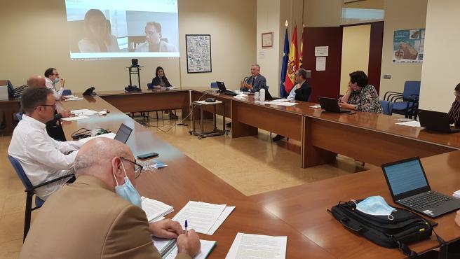 El consejero de Agricultura, Ganadería y Medio Ambiente de Aragón, Joaquín Olona, se reúne con los directores generales del Departamento, los servicios provinciales, el Instituto Aragonés de Gestión Ambiental y el Instituto Aragonés del Agua.