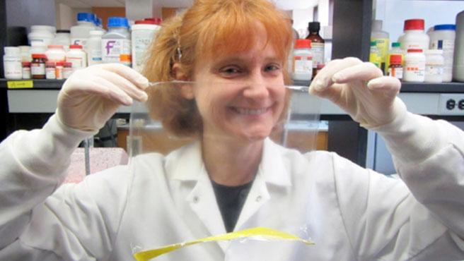 La doctora Maria Croyle y su equipo de investigadores e investigadoras han creado un sistema para conservar vacunas sin necesidad de refrigeración