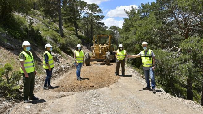 Obras en un camino rural de la provincia de Granada