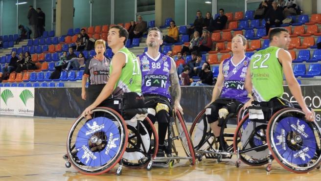 Unicaja Banco Renueva Su Apoyo Al Club Baloncesto Silla De Ruedas Valladolid Dentro De Su Respaldo Al Fomento Del Deporte