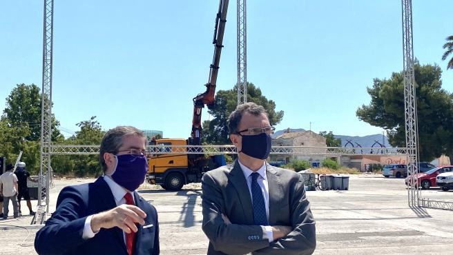 El alcalde de Murcia supervisa las instalaciones del autocine