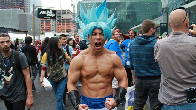 Super Saiyan Blue Goku en una fiesta en Nueva York Wikimedia Commons