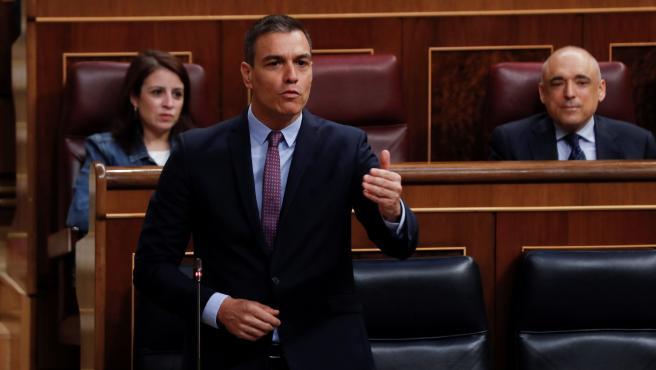 El presidente del Gobierno, Pedro Sánchez, durante su intervención en la sesión de control.