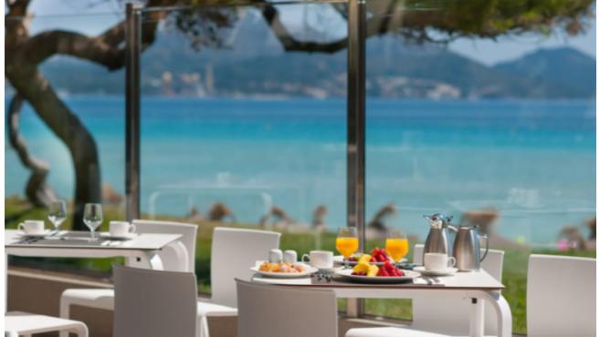 Disfruta de la gastronomía típica de Mallorca en sus mejores restaurantes