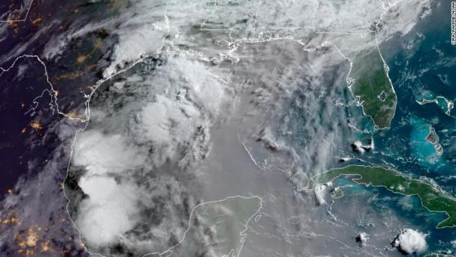 Nube de polvo proveniente del Sáhara sobre varios territorios de América.