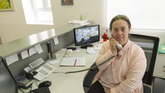 Nuria García, en su puesto de trabajo.