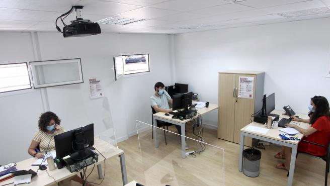 Tres rastreadores, técnicos de seguimiento de contactos de la Comunidad de Madrid.