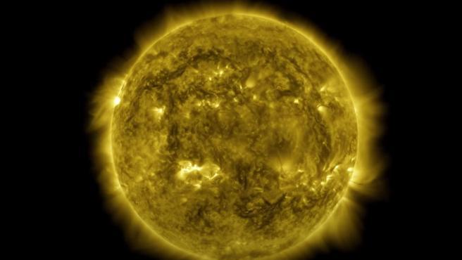 La NASA publicó este pasado miércoles un vídeo mostrando la evolución del Sol a lo largo de los últimos 10 años.