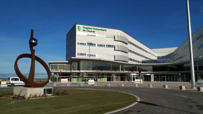 Exterior del nuevo Hospital Universitario de Cáceres