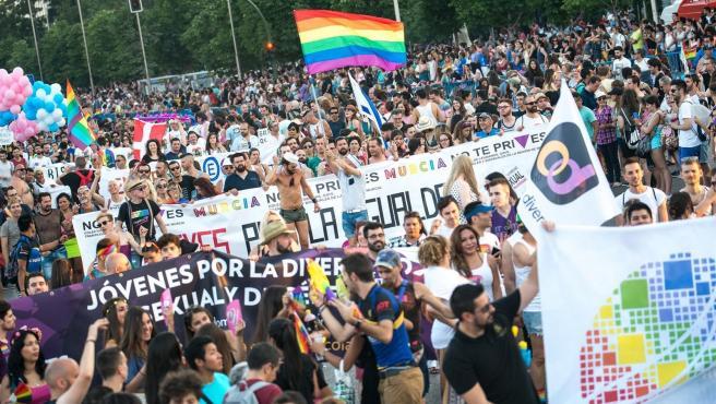 Imagen de archivo de una manifestción del Orgullo Lgtbi en Madrid antes de la crisis del coronavirus.