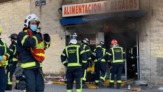 Imagen del local incendiado en el suceso.